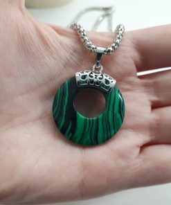 protective stones for Scorpio - protection stones crystals. protective stones for the home. Malachite pendant necklace. Round Pendant Necklace